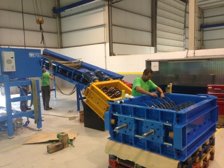 The new DAGA equipment to open recycled plastic bales